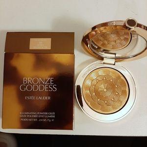 Bronze Goddess Illuminating Powder